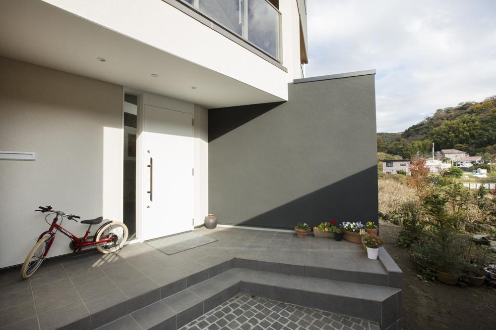 葉山の家(湘南スタイル掲載写真)